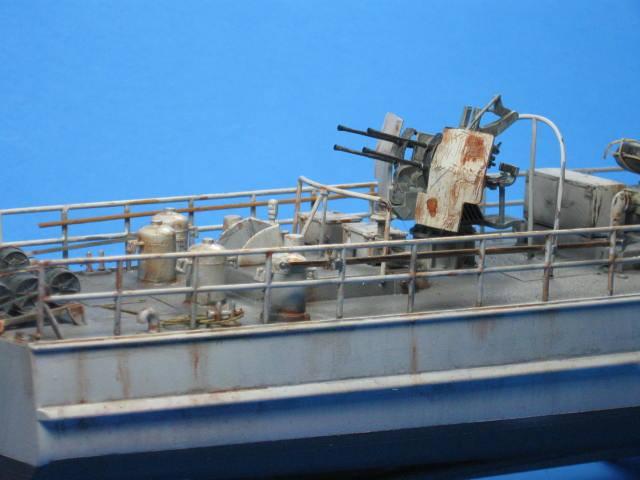 Schnellboot mit Flakvierling S-100, Revell 1/72   Plastic